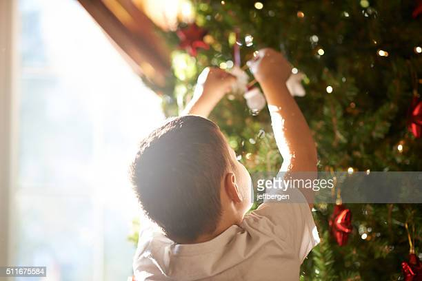 Putting the final touches on the tree