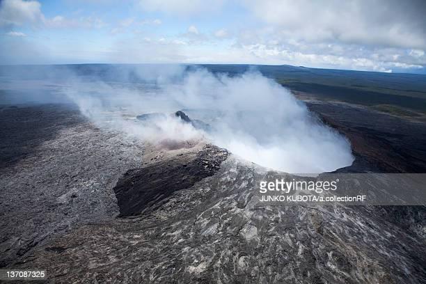 pu`u `o `o (kilauea) volcano, big island, hawaii islands, usa - キラウエア火山 ストックフォトと画像