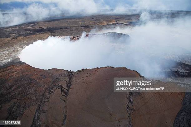 pu`u `o `o (kilauea) volcano, big island, hawaii islands, usa - pu'u o'o vent stock pictures, royalty-free photos & images