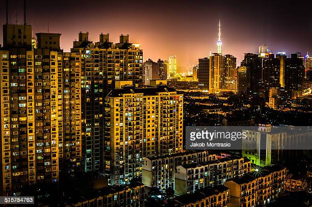 puxi at night - jakob montrasio stock pictures, royalty-free photos & images