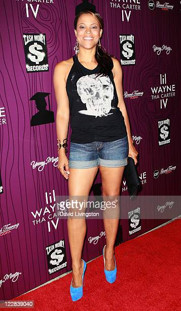 TV pwesonality Shaunie O'Neal attends Cash Money Records' Lil Wayne album release party for 'Tha Carter IV' at Boulevard3 on August 28 2011 in Los...