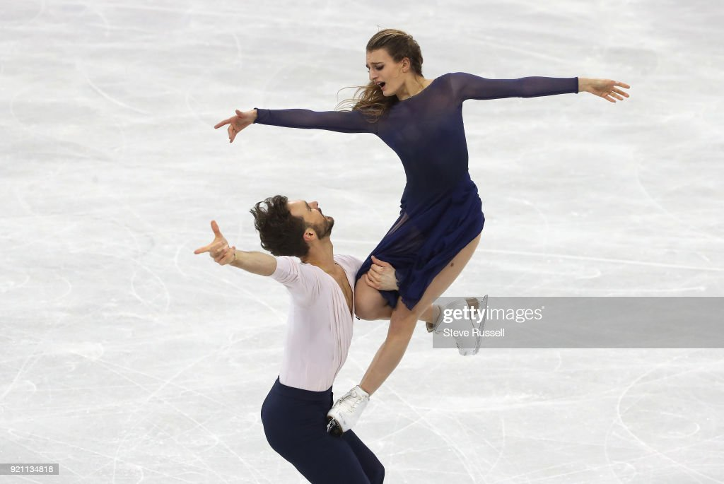 in the ice dance free program in the PyeongChang 2018 Winter Olympics Figure Skating : Photo d'actualité