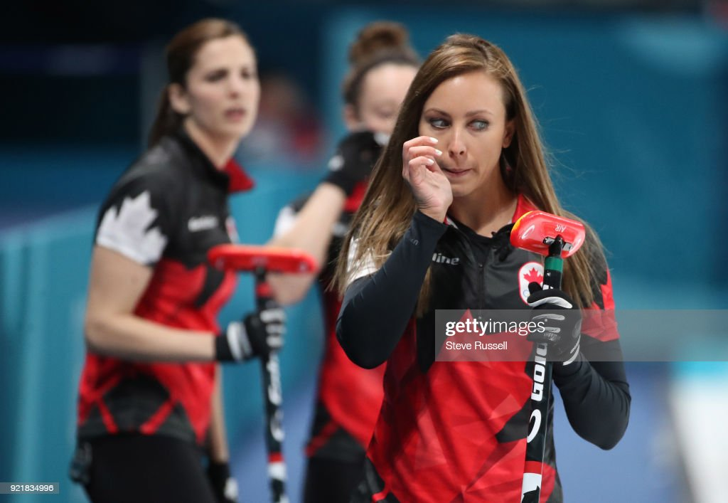 Canadian women's curling team : News Photo