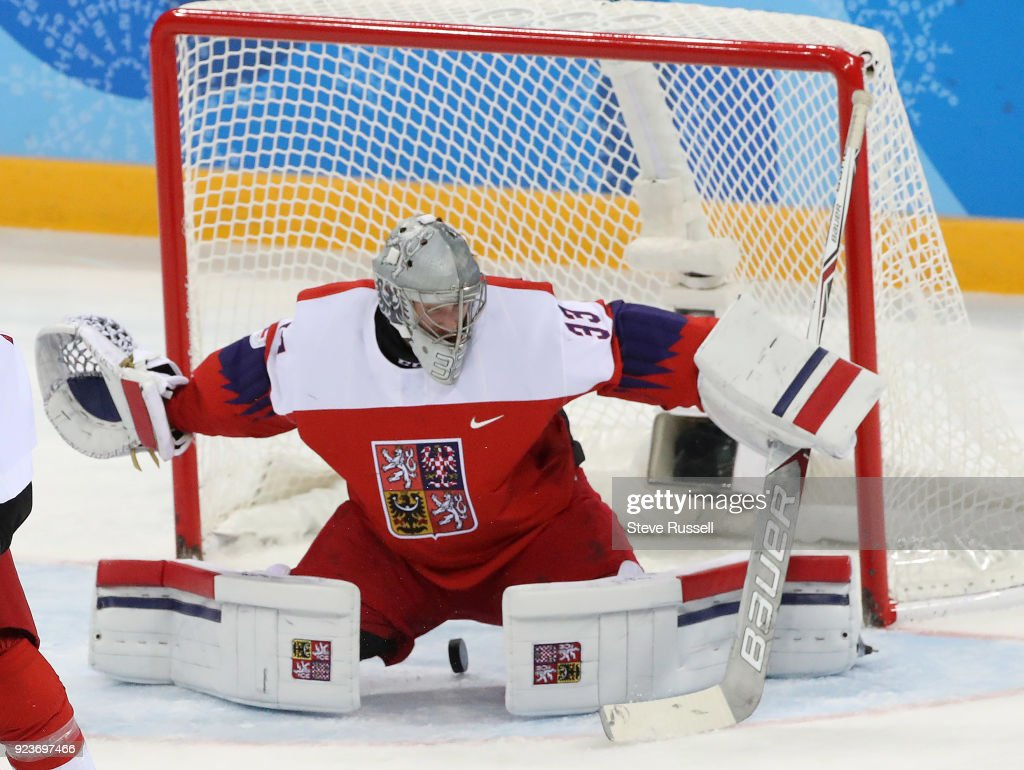 Canada plays Czech Republic in the 2018 Winter Olympics  Bronze Medal Game : News Photo