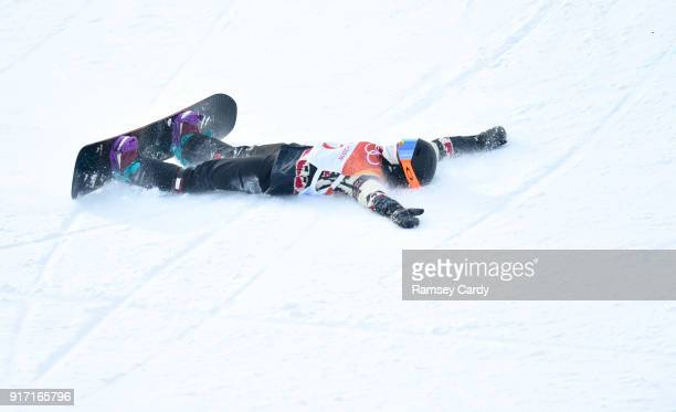 Pyeongchanggun South Korea 12 February 2018 Elizabeth Hosking of Canada after falling during the Ladies Halfpipe Qualification on day three of the...