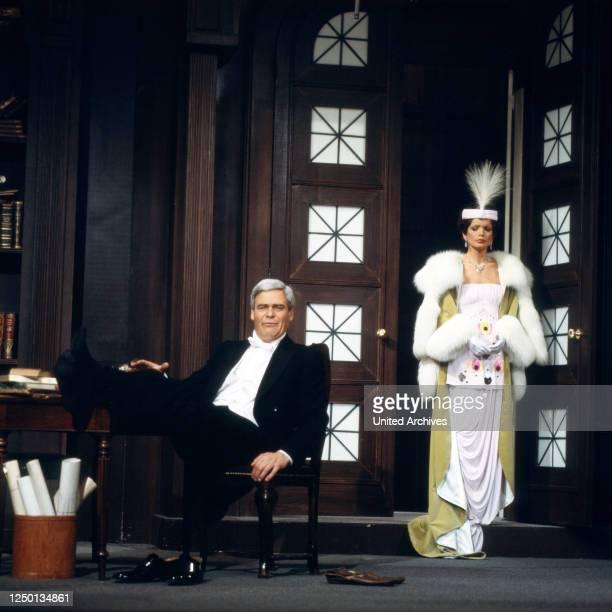 Pygmalion, Fernsehfilm, Deutschland 1980, Regie: Rolf von Sydow, Darsteller: Karl Heinz Vosgerau, Uschi Glas.