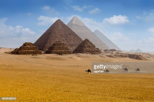 pyramids egypt - giza pyramids stock pictures, royalty-free photos & images