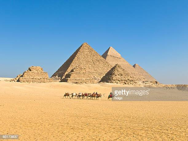 pyramids of giza - the sphinx stock pictures, royalty-free photos & images