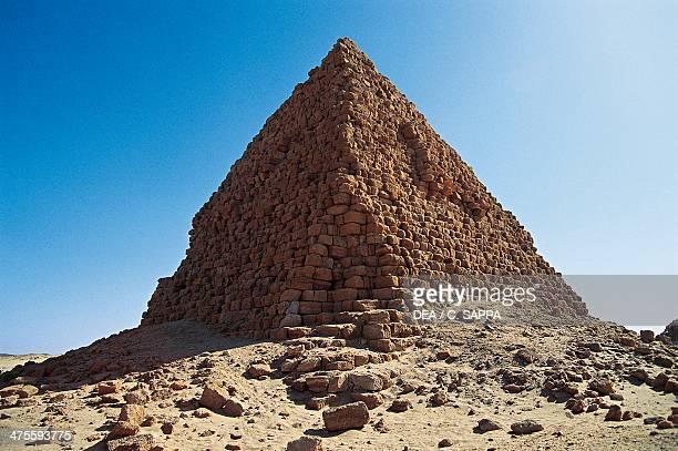 Pyramids of the pharaohs blacks Gebel Barkal and the Sites of the Region Napatan Nubia Sudan Egyptian civilisation XXV Dynasty