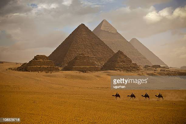 pyramids - giza pyramids stock pictures, royalty-free photos & images
