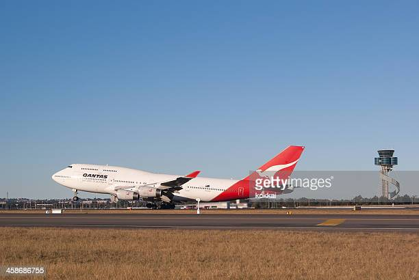 Qantas Airways B747-400