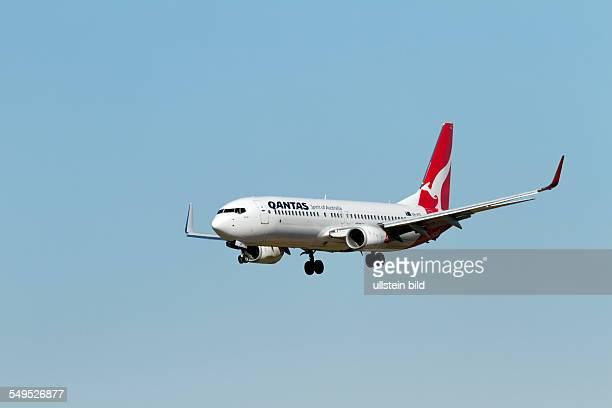 Qantas Boeing 737-800 aircraft on landing approach