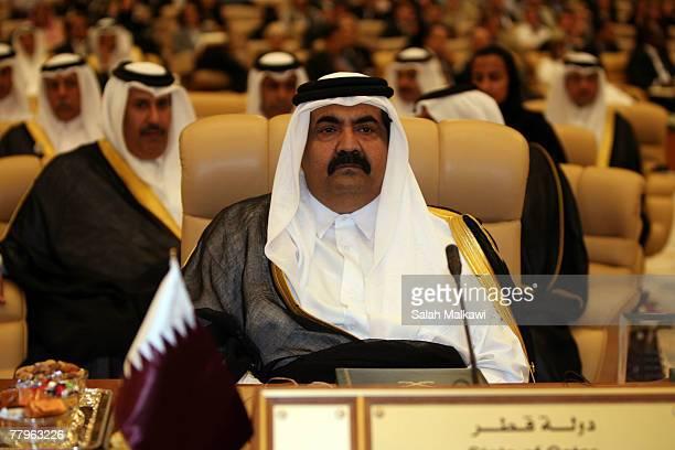 Qatari Emir Sheikh Hamad Bin Khalifa AlThani attends the opening session of the third OPEC Summit on November 17 2007 in Riyadh Saudi Arabia