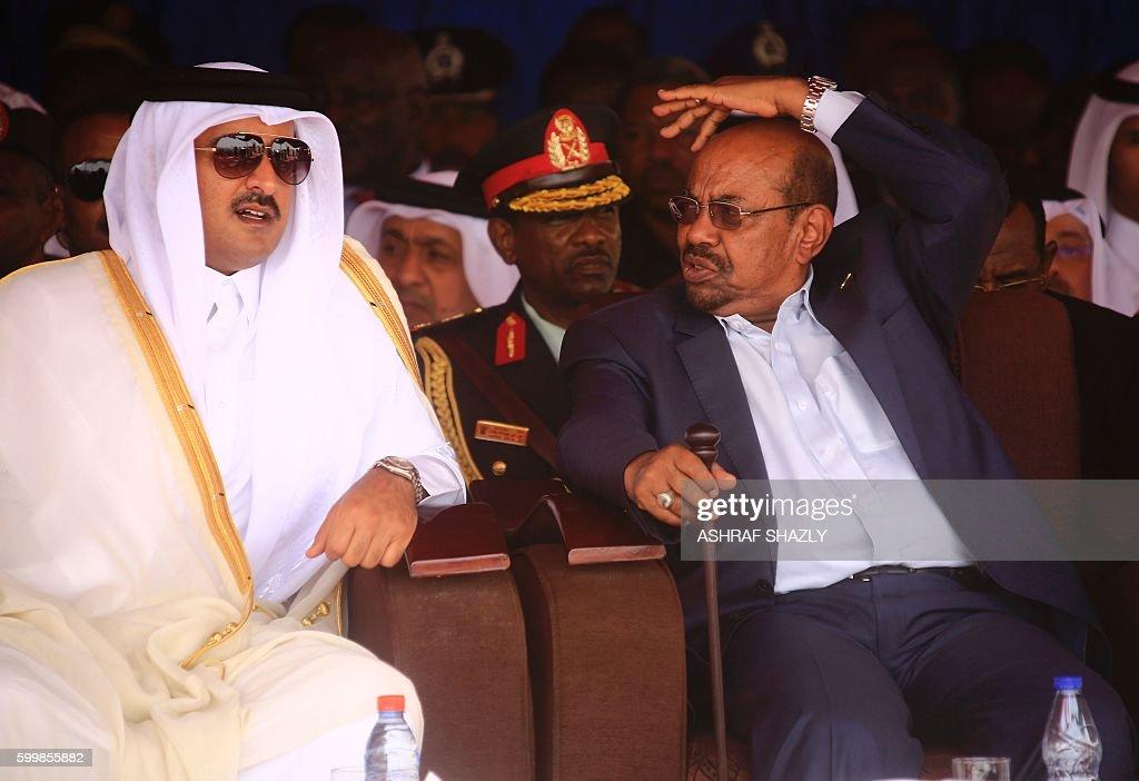 SUDAN-CAFRICA-UNREST-DARFUR-DIPLOMACY : News Photo