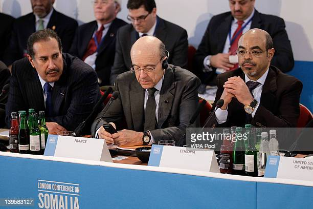 Qatari Foreign Affairs Minister Hamad Bin Jassim French Foreign Minister Allan Juppe and Prime Minister of Ethiopia Meles Zenawi attend the Somalia...