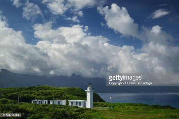 qilaibi lighthouse - hualien county stock pictures, royalty-free photos & images