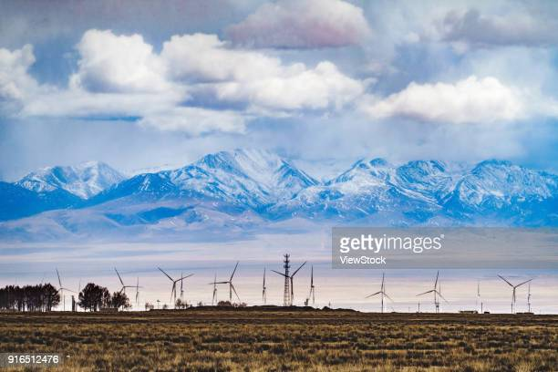 qinghai lake highway, qinghai province - qinghai province stock photos and pictures