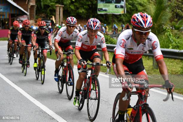 Qinghai Tianyoude Cycling Team China cyclists lead to 7 Eleven Roadbike Philippines cyclists during stage 2 of the Tour de Singkarak 2017 Pesisir...