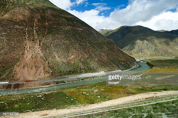qinghai-tibet highway, tibet, china - qinghai province stock photos and pictures