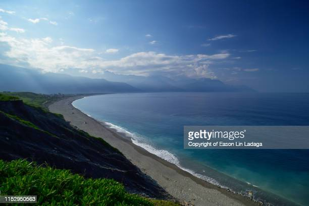 qixingtan beach - hualien county stock pictures, royalty-free photos & images