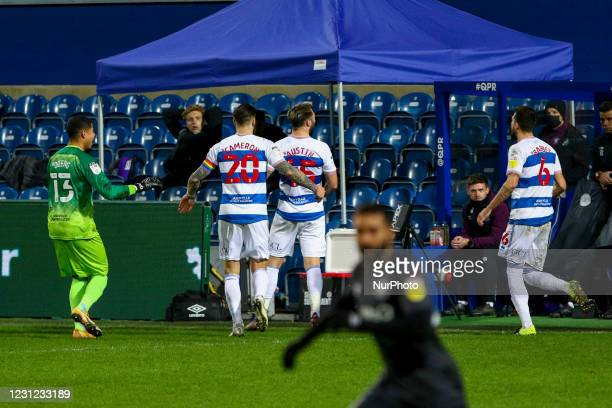 QPRs Charlie Austin celebrates his winning goal during the Sky Bet Championship match between Queens Park Rangers and Brentford at Loftus Road...