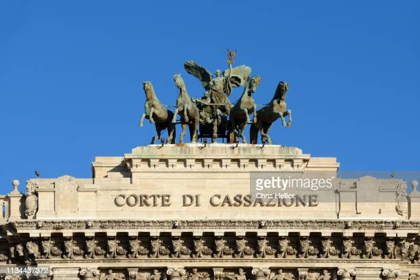 quadriga or chariot atop the palace of justice rome italy - television show stock pictures, royalty-free photos & images