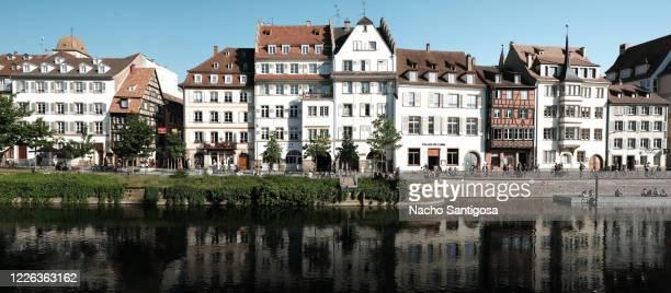 quai de bateliers - strasbourg stock pictures, royalty-free photos & images