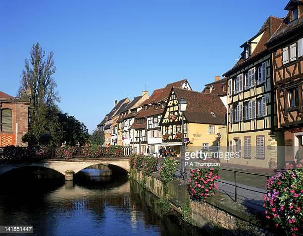 quai des poissonnerie, colmar, haut-rhin, alsace, france - haut rhin stock pictures, royalty-free photos & images