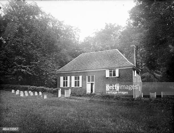Quaker Meeting House Jordans Chalfont St Giles Buckinghamshire c1860c1922 The simple brick house built in 1688 taken from the garden The gravestones...