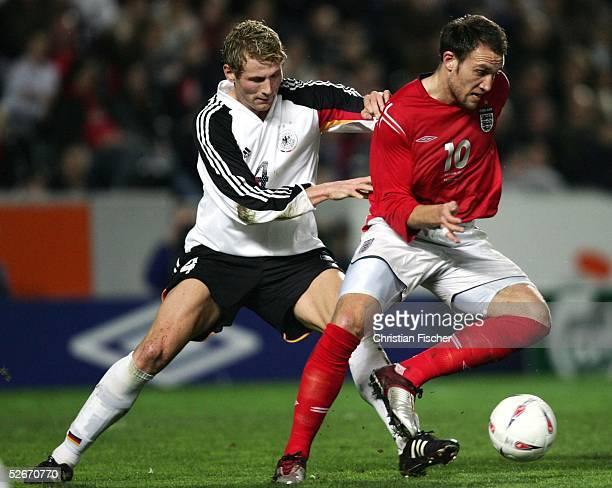 Qualifikation 2005, Hull, 25.03.05; England - Deutschland ; Lukas SINKIEWICZ/GER gegen Dean ASHTON/ENG