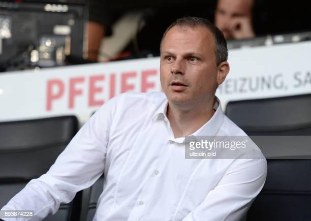 FUSSBALL INTERNATIONAL UEFA Qualifikation VfB Stuttgart Botev Plovdiv Sportdirektor Jochen Schneider