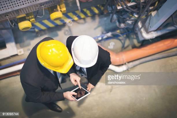 Kwaliteit inspecteurs in de fabriek