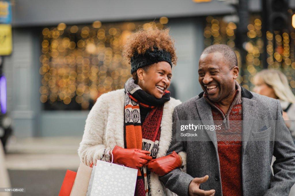 Tempo de qualidade juntos no Natal : Foto de stock