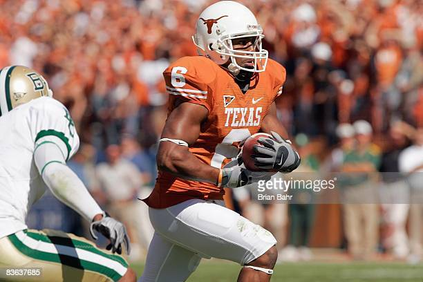 Quan Cosby of the Texas Longhorns carries the ball during the game against the Baylor Bears on November 8 2008 at Darrell K RoyalTexas Memorial...