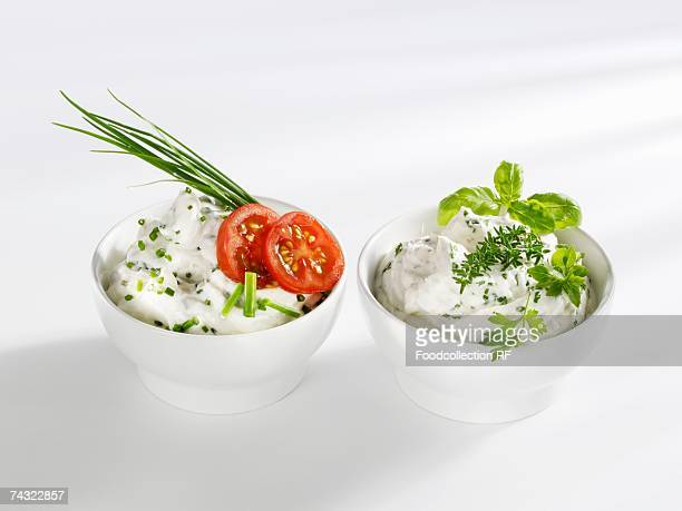 Quark with chives and with herbs