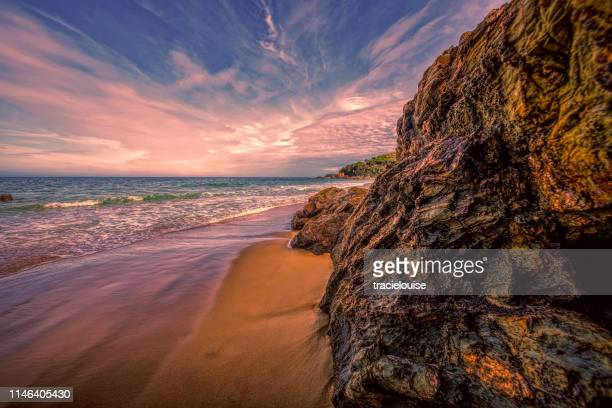 quarry beach mallacoota - mallacoota stock pictures, royalty-free photos & images