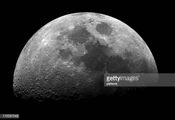 quarter moon - moon stock pictures, royalty-free photos & images