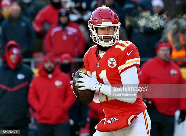 Quarterback Alex Smith of the Kansas City Chiefs in action during the game against the Tennessee Titans at Arrowhead Stadium on December 18 2016 in...