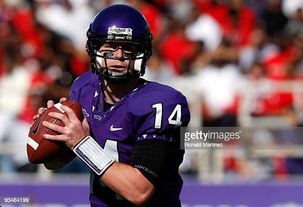 Quarterback Andy Dalton of the TCU Horned Frogs drops back to pass against the New Mexico Lobos at Amon G Carter Stadium on November 28 2009 in Fort...