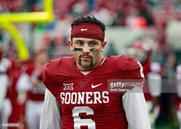 Quarterback Baker Mayfield of the Oklahoma Sooners during warm ups before the game Oklahoma State Cowboys December 3 2016 at Gaylord FamilyOklahoma...