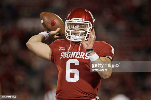 Quarterback Baker Mayfield of the Oklahoma Sooners warms up before the game against the TCU Horned Frogs at Gaylord Family Oklahoma Memorial Stadium...