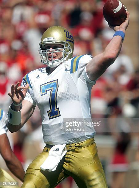 Quarterback Ben Olson of the UCLA Bruins delivers a pass during the UCLA 45-17 defeat of the Stanford Cardinal at Stanford Stadium September 1, 2007...