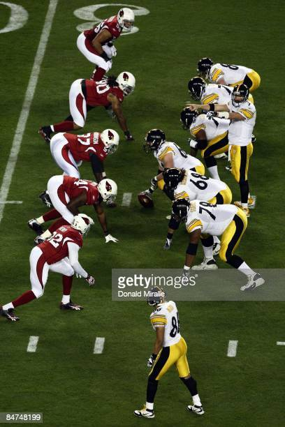 Quarterback Ben Roethlisberger of the Pittsburgh Steelers calls plays at the line of scrimmage against the Arizona Cardinals during Super Bowl XLIII...