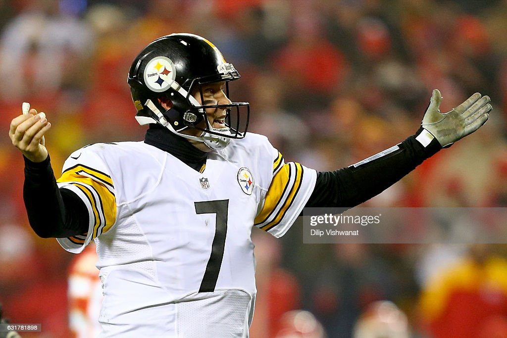 Divisional Round - Pittsburgh Steelers v Kansas City Chiefs : News Photo