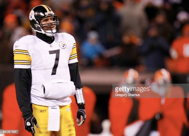 Quarterback Ben Roethlisberger of the Pittsburgh Steelers looks on after a play against the Cleveland Browns at Cleveland Browns Stadium on December...