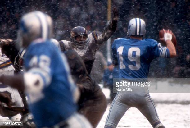Quarterback Bill Munson of the Detroit Lions drops back to pass during an NFL game against the Minnesota Vikings on November 27 1969 at Tiger Stadium...