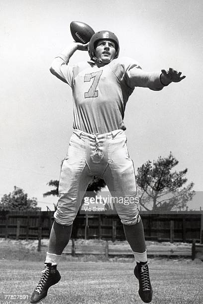 Quarterback Bob Waterfield of the Los Angles Rams poses for a publicity photo during training camp at Loyola University on August 1 1947 in Los...