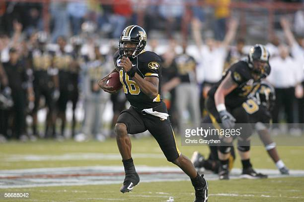 Quarterback Brad Smith of the Missouri Tigers carries the ball against the South Carolina Gamecocks during the Independence Bowl on December 30, 2005...