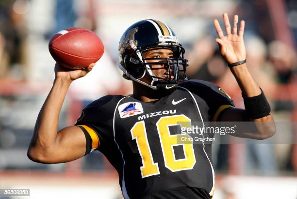 Quarterback Brad Smith of the Missouri Tigers passes against the South Carolina Gamecocks during the Independence Bowl on December 30, 2005 at...
