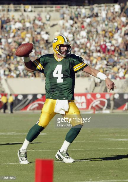 Quarterback Brett Favre of the Green Bay Packers looks for a receiver in the end zone against the Arizona Cardinals on September 21 2003 at Sun Devil...